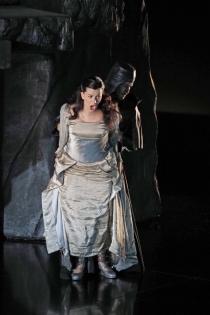La Favorite de Donizetti en Gran Teatre Liceu. Miren urbieta-Vega (Inez)