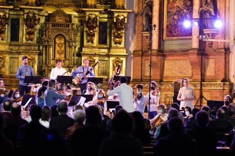 Miren Urbieta-Vega (soprano), Kamerata EusKdivarius, Arkaitz Mendoza
